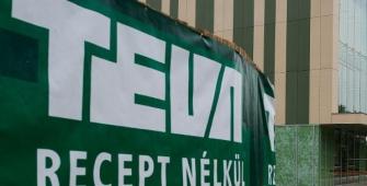 Teva Pharm considers cutting 6,000 workers