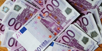 Euro Naik di level puncak 5 bulan setelah pemilihan presiden Perancis