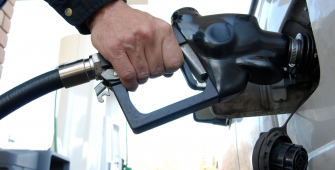 Oil Prices Slide on Persistent Oversupply Fears