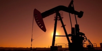 Crude Prices Advance on Potential OPEC Deal Extension