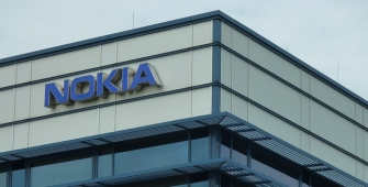 Nokia Resolves Patent Battle with Apple, Inks Business Deal