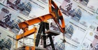 Рубль корректируется вниз на нефтяных котировках