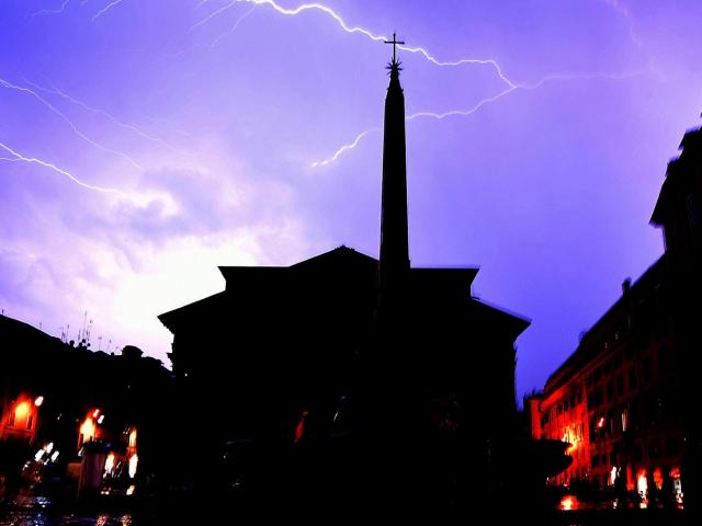 Severe thunderstorm in Rome