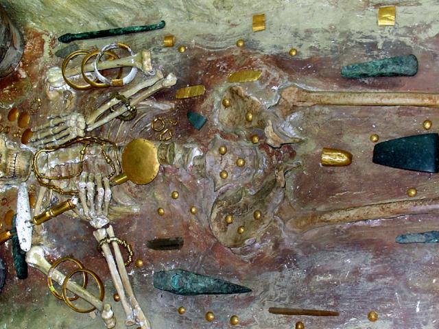 Семь самых старых ювелирных украшений в мире