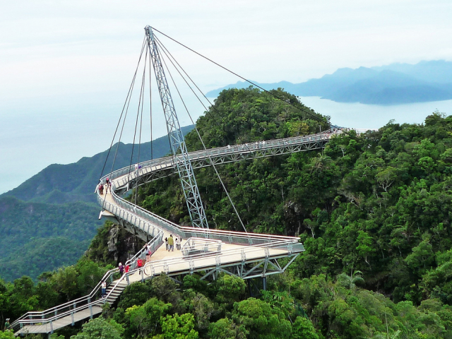 Десять головокружительных мостов мира