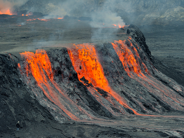 Топ-10 опасных действующих вулканов мира