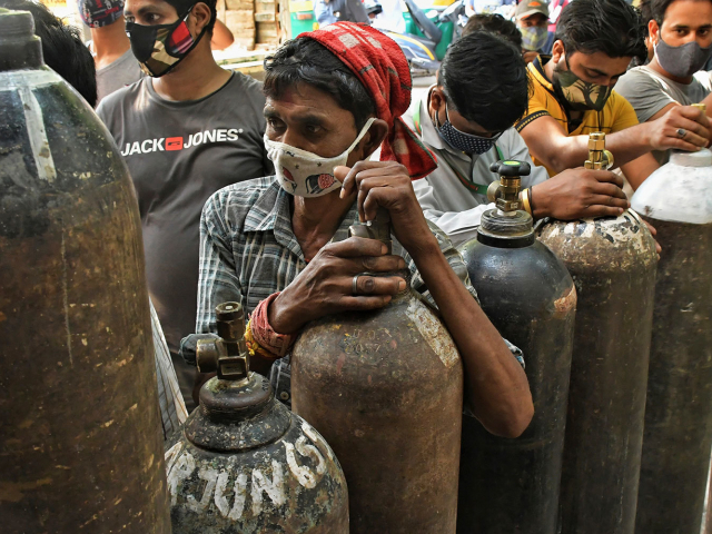 India struggles against coronavirus and reports on record number of virus cases