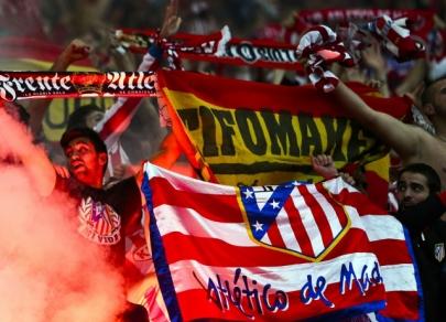 Fotbaloví magnáti: kdo nehraje podle pravidel?