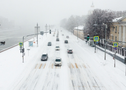 Snow Armageddon: Moscow sees record snowfall