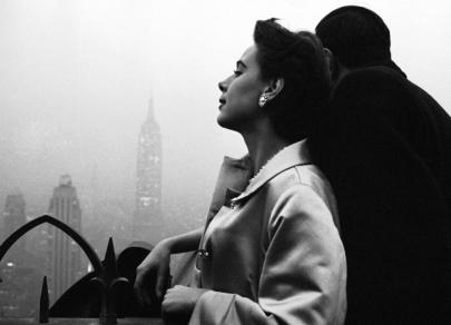 Reginele fotografiei: 8 femei fotografe uimitoare pe care ar trebui să le cunoașteți