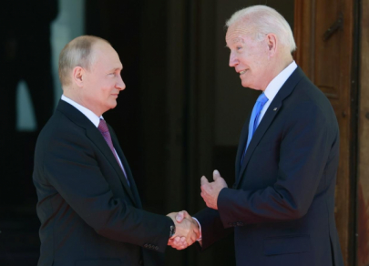 Встреча года: Путин и Байден поговорили тет-а-тет