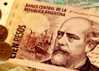 Ten world currencies sunk against the US dollar in 2018