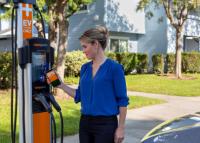 Bereit aufzusteigen: 3 vielversprechende Aktien auf dem Markt für Elektroautos