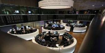 European Stocks Drop as Euro Firms, Miners Fall