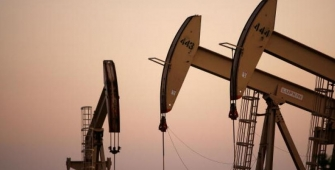 随着美国储备增加,OPEC产出上涨,油价下跌