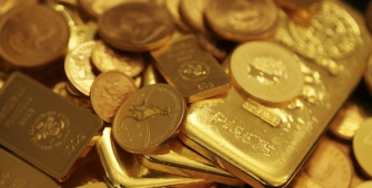 Gold Steady as Central Bank Meetings Eyed
