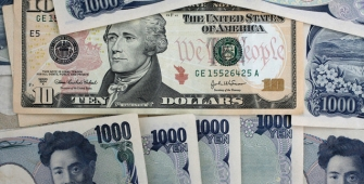 Dollar Falls Against Yen, Weighed Down by Doubts on Trump Economic Policy