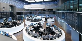 European Markets Lower as Fiat Chrysler, Maersk Pared Losses