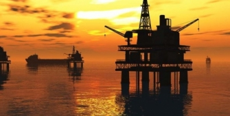 Oil Prices Increase, Lifted by Signs of Gradual Tightening in Supply
