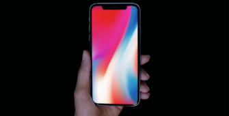 Apple Shares Turn Negative on Delayed iPhone X Launch