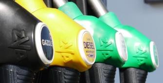 Oil Markets Surge on Concerns of Fresh Iran Sanctions
