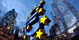 Eurozone Trade Surplus Shrinks in August