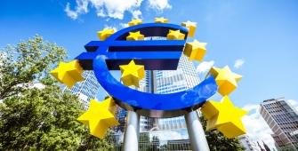 Евро может подешеветь до $1,15
