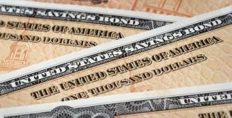 美国政府债券感恩节前上涨