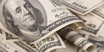 Dolar Menurun, Dihadkan Oleh Penurunan Hasil Jangka Panjang A.S.