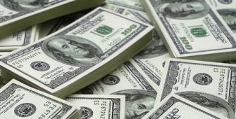 Dolar Bertahan Pada Kebimbangan Inflasi Fed