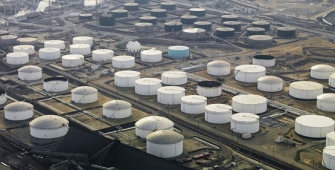 Oil Steady as Stronger Dollar Weighs on Markets