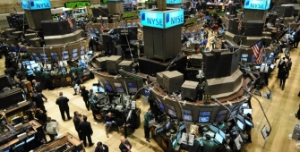Wall Street turun terkait kekhawatiran penutupan pemerintahan AS