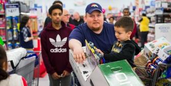 США: потребительские настроения снизились третий месяц подряд