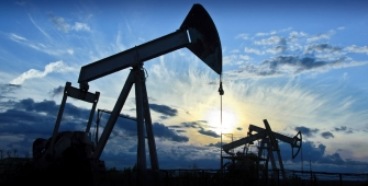 Норвегия продолжит добычу нефти и газа в Арктике