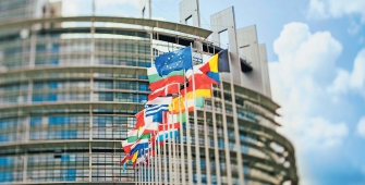 Деловая активность в еврозоне ухудшилась в феврале