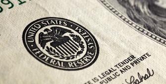 El Libro Marrón de la Fed reporta un fuerte mercado laboral y una inflación moderada