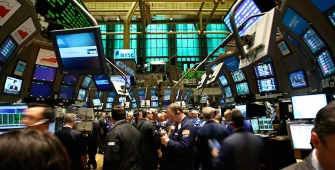 Wall Street Advanced after Trump Signs Tariff that Exempts Mexico, Canada