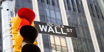Уолл-стрит в панике: рынки падают с начала недели