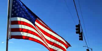 Pembangunan Rumah dan Produksi Industri AS Naik di bulan Maret