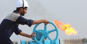 انخفاض سعر النفط بعد الارتفاع في عدد الحفارات في الولايات المتحدة