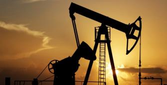 ट्रंप द्वारा ईरान परमाणु समझौते को ठुकराने के बाद तेल की कीमतों में वृद्धि हुई