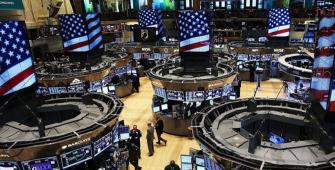 ตลาดวอลล์สตรีตได้ปรับตัวลงมา หลังจากมีข้อสังเกตของนาย Trump ออกมาเกี่ยวกับการเจรจาด้านการค้า
