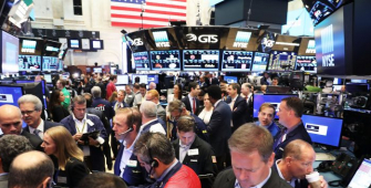 Wall Street Retreats as Investors Weigh Trade Talks