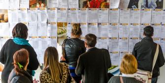 Безработица во Франции начала увеличиваться
