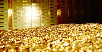 После минимума декабря золото продолжает падать