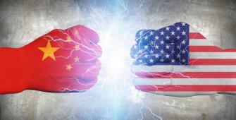 Риск возникновения торговой войны реален – эксперты