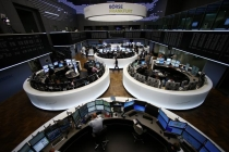 European Stocks Flat as Miners Drop, Apple Suppliers Add Pressure