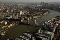 British Financial Services Firms Remain Pessimistic in the Third Quarter