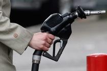 В КНДР из-за санкций взлетела стоимость бензина