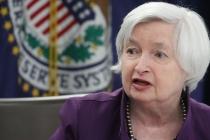 Yellen Sees Inflation Gaining Momentum Despite Present Weakness